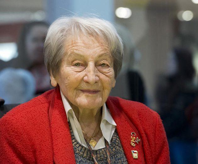 Ve věku 97 let zemřela legendární atletka Dana Zátopková.