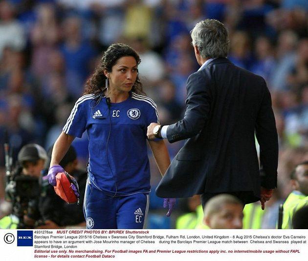 Doktorka Eva Carneirová to nemá v Chelsea s trenérem Josém Mourinhem jednoduché.