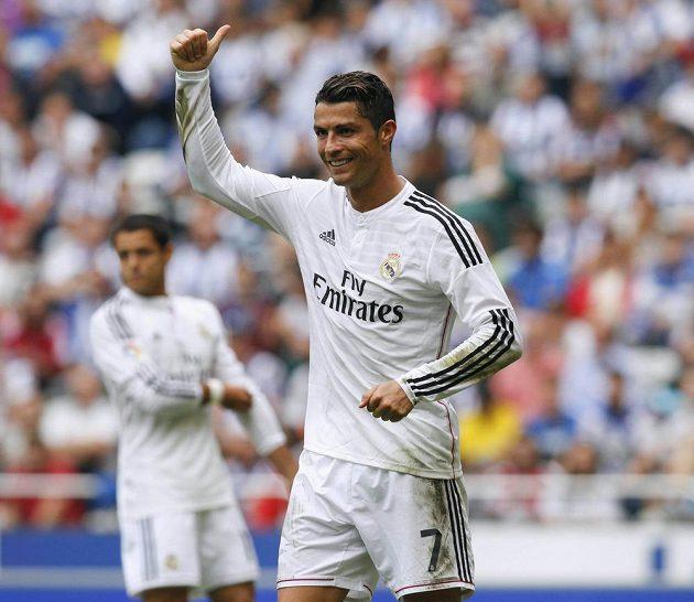 Cristiano Ronaldo byl ústřední postavou Realu při jeho vysokém vítězství nad La Coruňou.