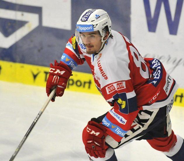 Jan Ščotka, autor vítězné trefy hokejistů z Pardubic v duelu se Zlínem.