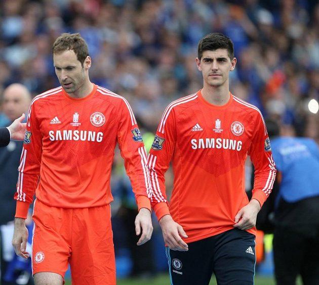 A pak Čechova idyla v Chelsea skončila. Mohl za to příchod belgického brankáře Thibauta Courtoise, který Čecha vytlačil z pozice týmové jedničky. Čtvrtý ligový titul Čech získal jako gólman číslo dva a krátce před sezónou oznámil, že přestoupí do klubu, v němž bude pravidelně chytat.