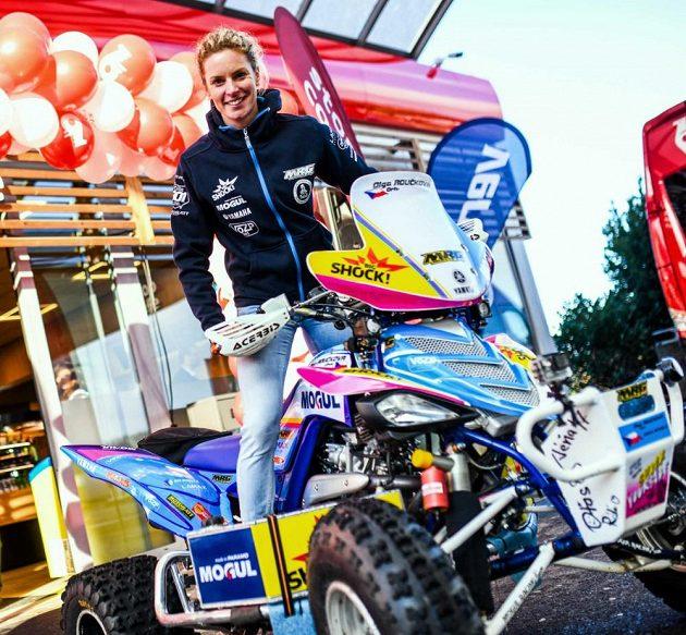 Ollie Roučková se těší na svůj první Dakar...