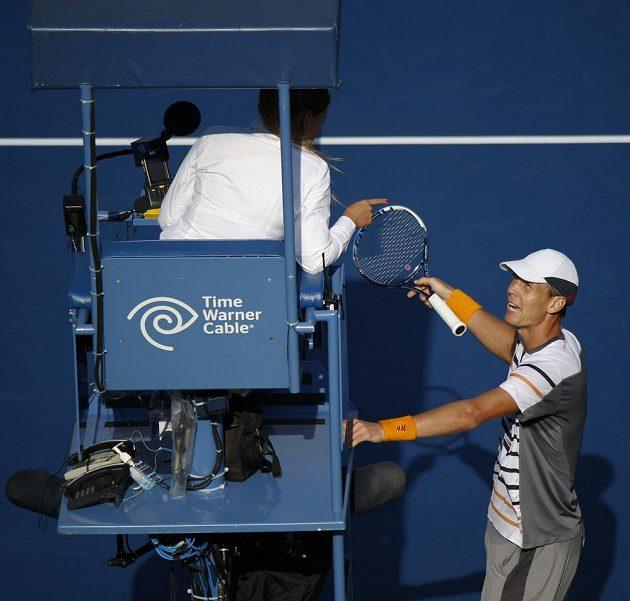 To myslíte vážně? rozčiloval se Tomáš Berdych na rozhodčí ve čtvrtfinále US Open.