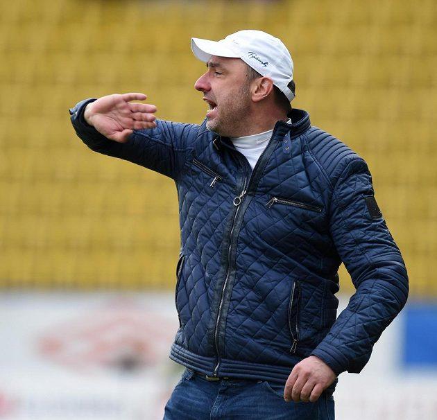 Liberecký trenér Jindřich Trpišovský během utkání v Teplicích.