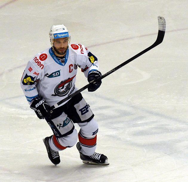 Kapitán chomutovských hokejistů Michal Vondrka během zápasu s Brnem.