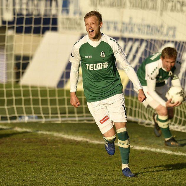 Jaroslav Zelený z Jablonce se raduje z třetího gólu.