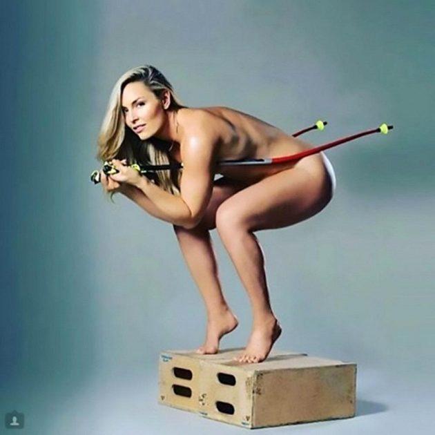 Americká lyžařka Lndsey Vonnová se nechala vyfotit nahá v rámci propagace své nové knihy.