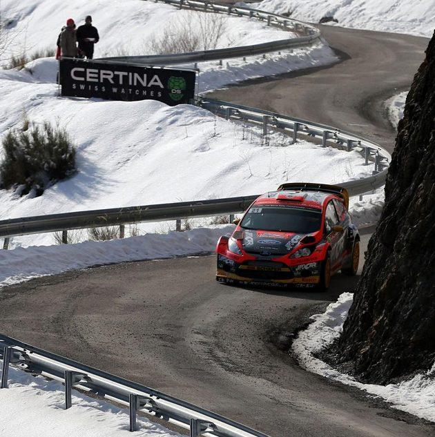 Martin Prokop s Fordem Fiesta WRC při soutěži mistrovství světa v Monte Carlu.