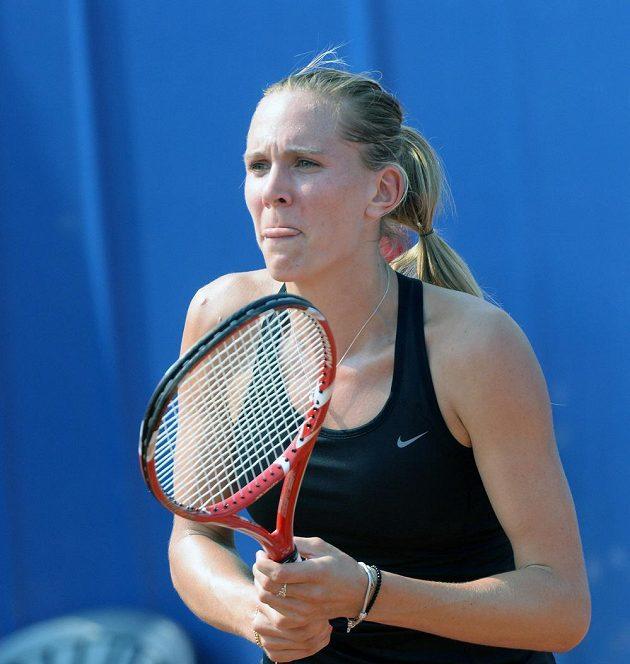 Nicole Vaidišová se na česká kurty vrátila na turnaji v Praze proti Elicii Kostovové z Bulharska.