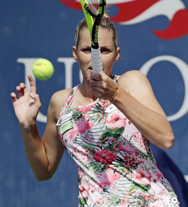 Kristýna Plíškova při utkání prvního kola US Open s Japonkou Misu Egučiovou.