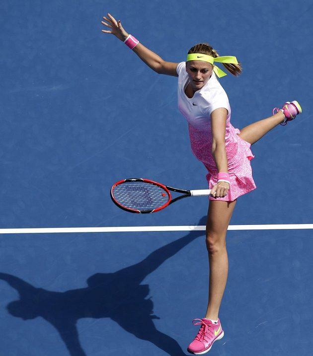 Česká tenistka Petra Kvitová během utkání s Richel Hogenkampovou z Nizozemska.