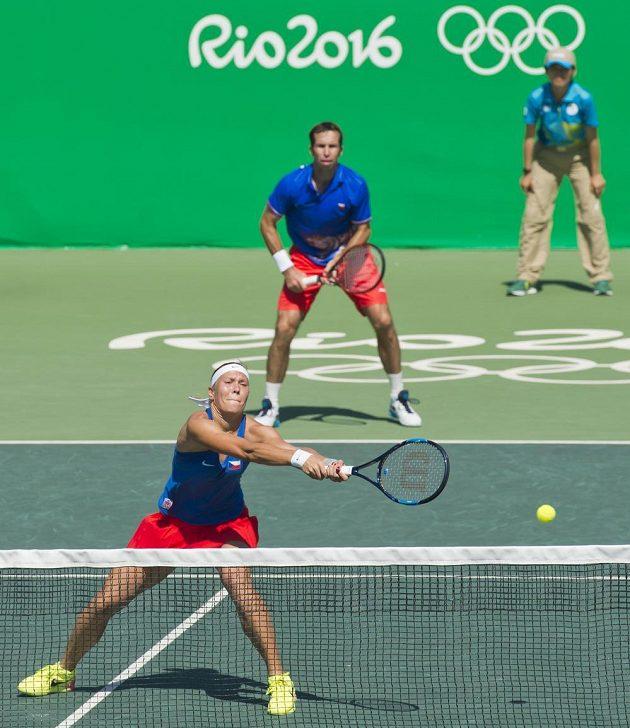 Radek Štěpánek a Lucie Hradecká během boje o bronz na olympiádě v Riu.
