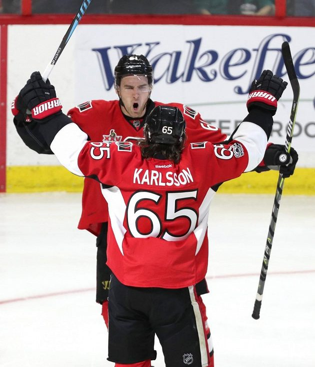 Erik Karlsson skóroval v duelu s Columbusem.