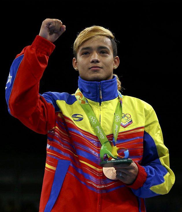 Bronzový boxer Yoel Segundo Finol z Venezuely.