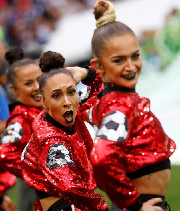 Zahajovací ceremoniál fotbalového MS v Moskvě.