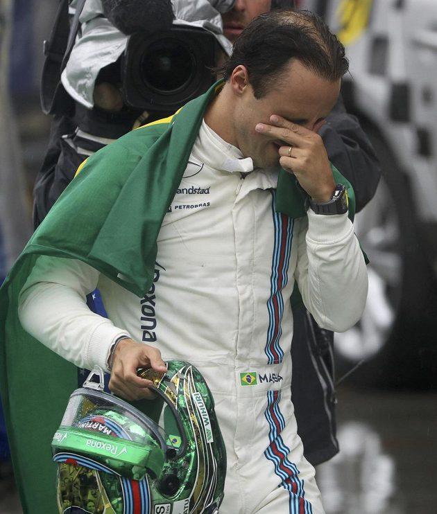 Felipeho Massu přemohly slzy dojetí...