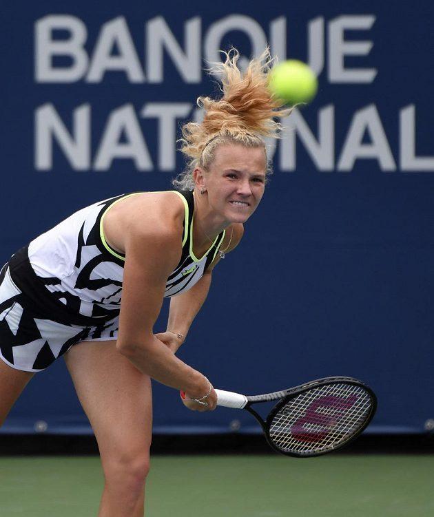 Kateřina Siniaková při utkání se Sarou Sorribesovou Tormovou v Montrealu.