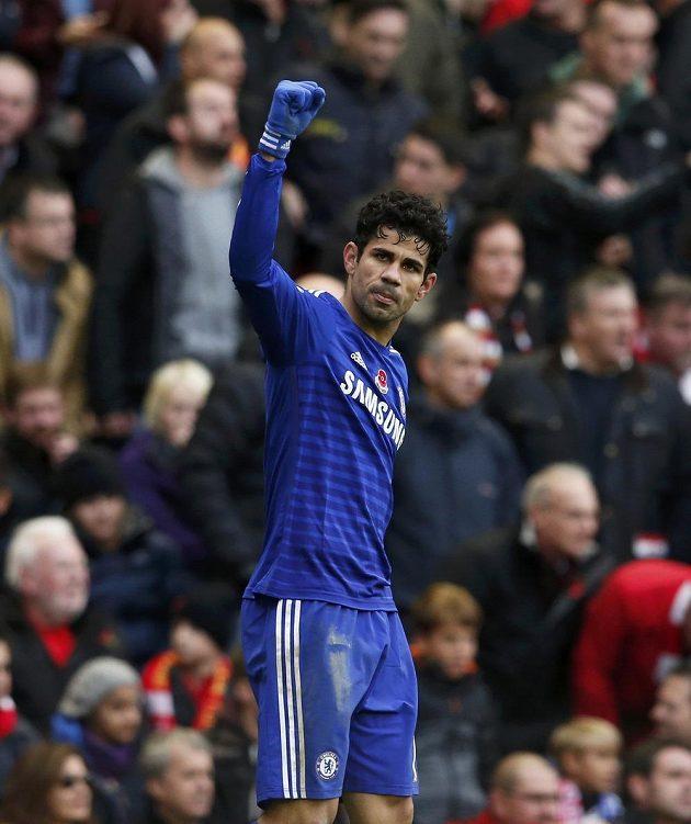 Diego Costa zařídil Chelsea vítězný gól proti Liverpoolu.