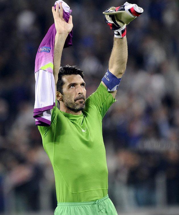 Šťastný Gianluigi Buffon! Brankář Juventusu Turín v úvodním čtvrtfinále Ligy mistrů proti Monaku gól nepustil.