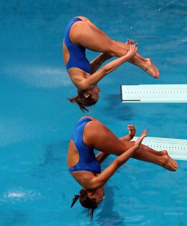 Zkraje olympiády se ještě skákalo do modré vody.