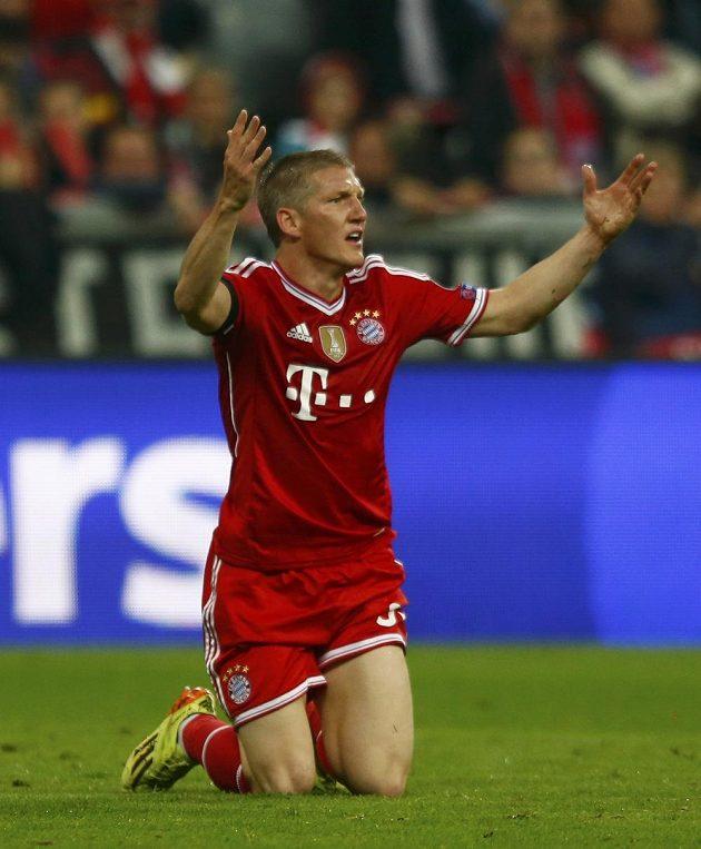 Nešťastný Bastian Schweinsteiger.