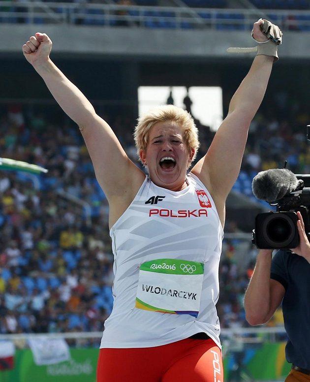 Novopečená olympijská vítězka v hodu kladivem Anita Wlodarczyková z Polska.