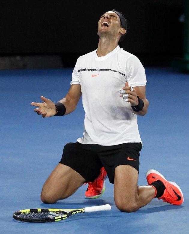 Euforie v podání španělského tenisty Rafaela Nadala po postupu do finále Australian Open.