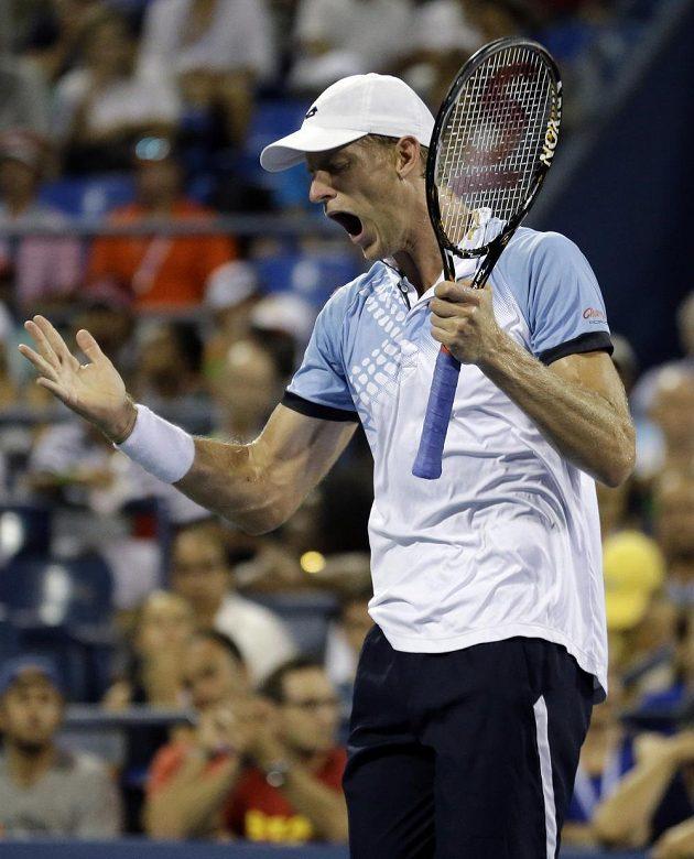 Jihoafrický dlouhán Kevin Anderson ve čtvrtfinále US Open na Wawrinku nestačil.