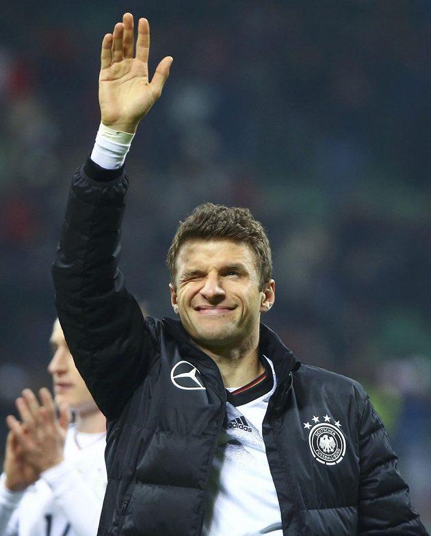 Šlape nám to... Thomas Müller po zápase v Itálii.