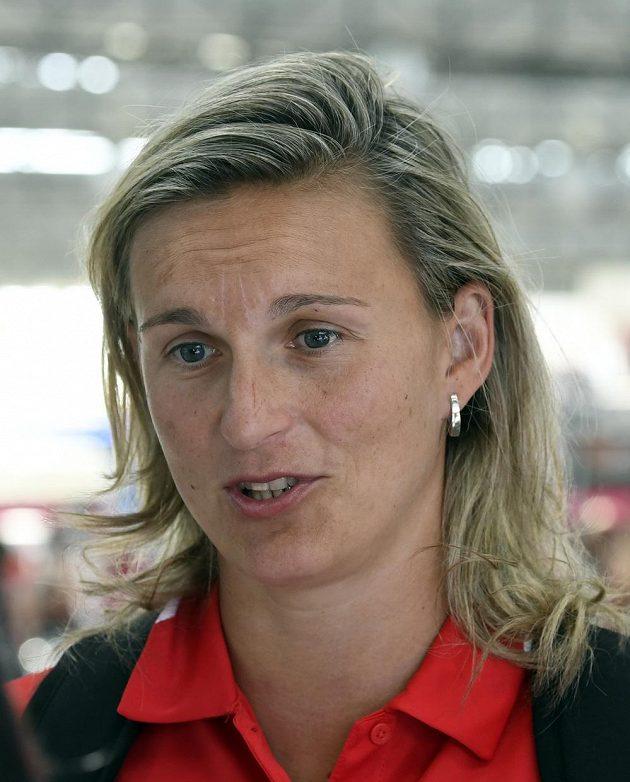 Oštěpařka Barbora Špotáková před odletem na evropský šampionát družstev ve francouzském Lille.