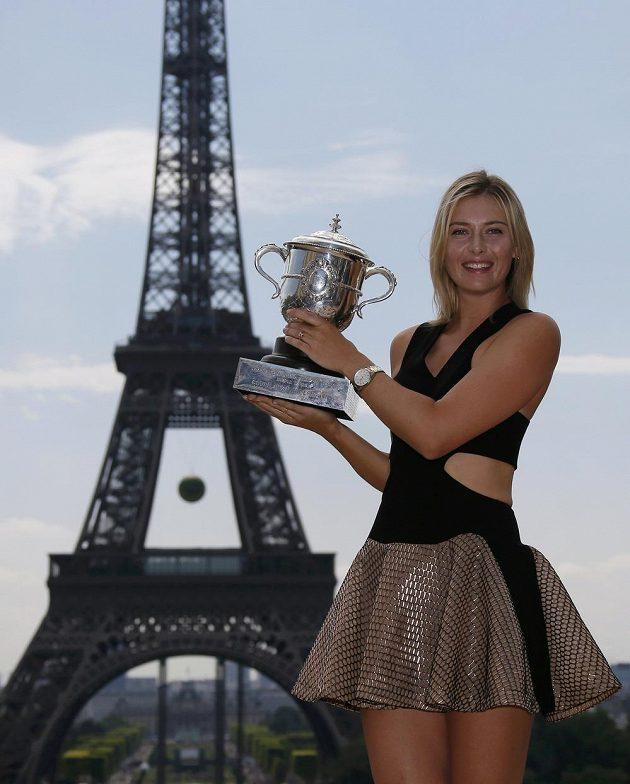 Pro Marii Šarapovovou je město nad Seinou oblíbenou destinací. Na Roland Garros triumfovala letos podruhé a připsala si již pátý grandslamový titul.