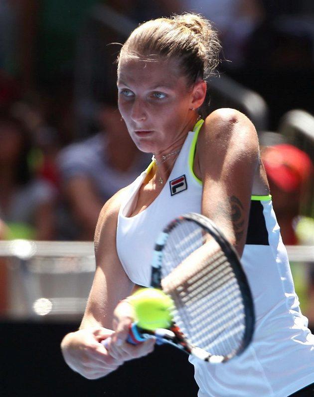 Karolína Plíšková během zápasu s Australankou Kimberly Birrellovou.