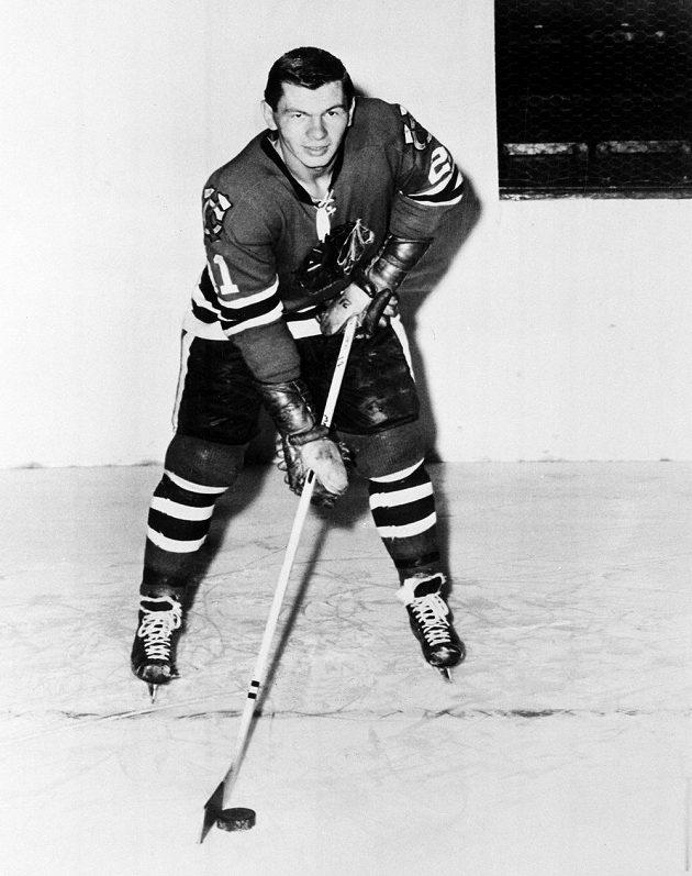 Stan Mikita na snímku z roku 1961.