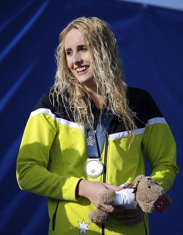 Australanka Taylor McKeownová krátce po závodu na 200 metrů prsa.