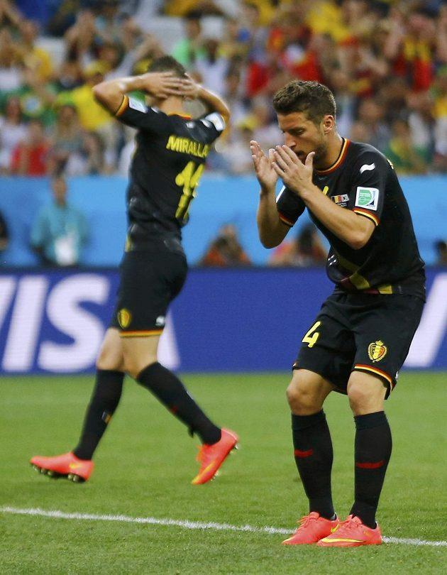 Dries Mertens z Belgie lituje zahozené šance v utkání s Koreou.