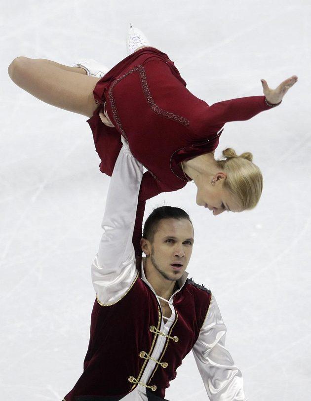 Ruská sportovní dvojice Taťjana Volosožarová a Maxim Traňkov na ME ve slovenské Bratislavě.