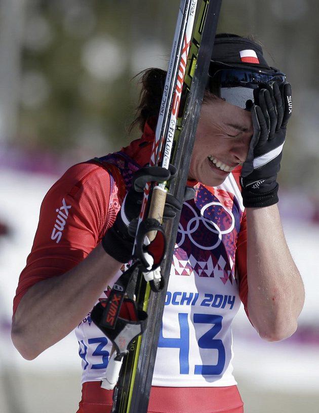 Šťastná Justyna Kowalczyková po vítězství na desetikilometrové trati klasicky.