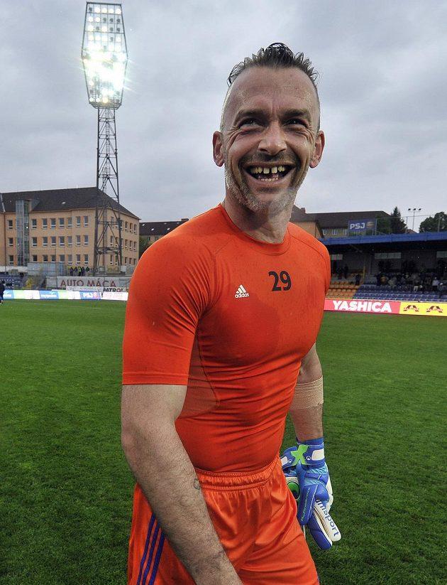 Jihlavský brankář Jaromír Blažek se po utkání s Libercem rozloučil s domácími fanoušky před ukončením kariéry.