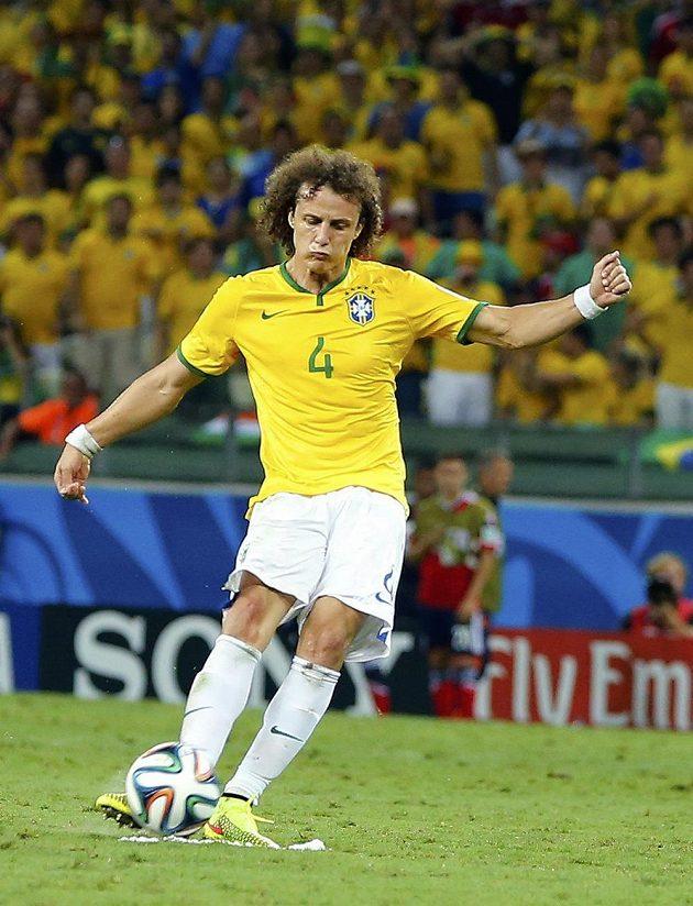 David Luiz dal druhý gól Brazilců.