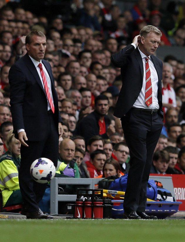 Trenér Liverpoolu Brendan Rodgers (vlevo) a kouč Manchesteru United David Moyes.