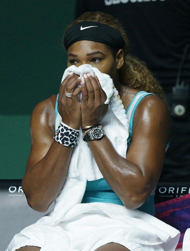 Americká tenistka Serena Williamsová po prohře se Simonou Halepovou.