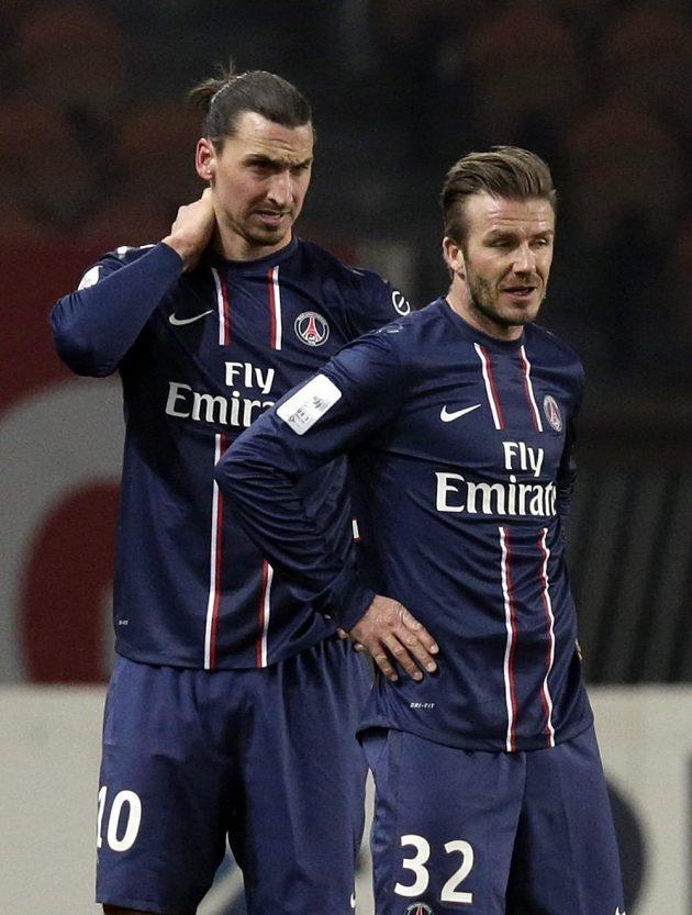 David Beckham (vpravo) a jeho spoluhráč Zlatan Ibrahimovic v dresu PSG.
