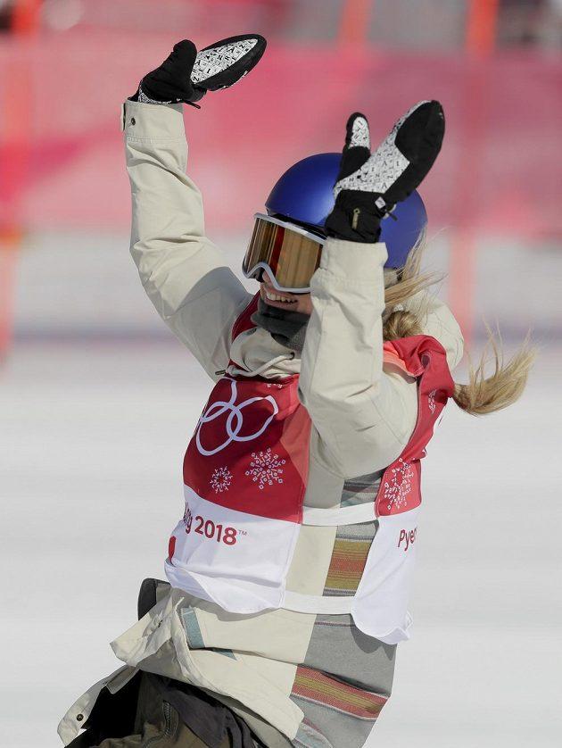 Rakouská zlatá radost. Anna Gasserová je první olympijskou vítězkou ve snowboardové disciplíně Big Air.