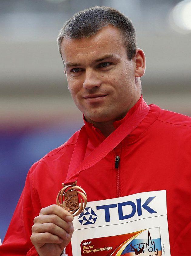 Kladivář Lukáš Melich se světovým bronzem z Moskvy.