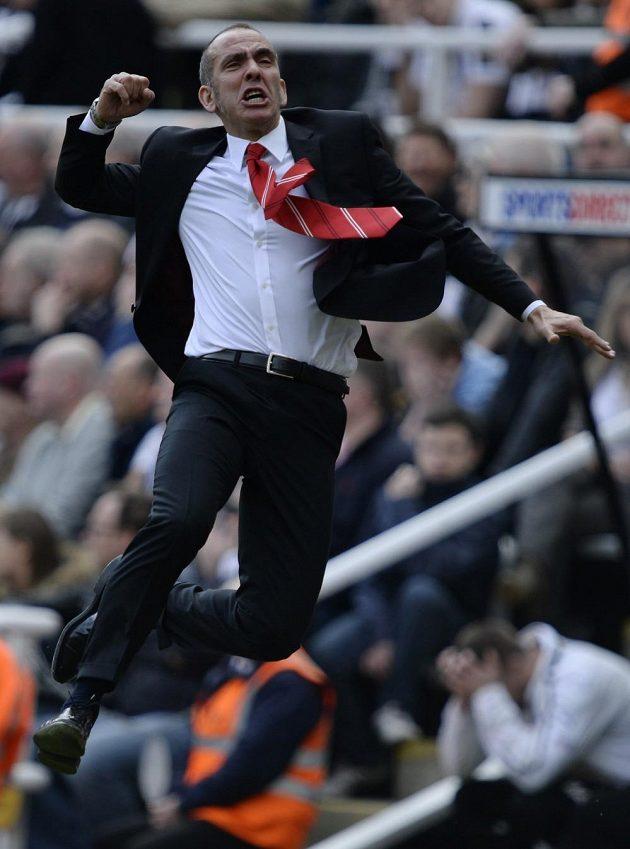 Radost v podání kouče Sunderlandu Paola Di Cania poté, co Sessegnon poslal jeho tým do vedení v Newcastlu.