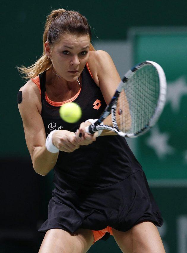 Polka Agnieszka Radwaňská v utkání proti Petře Kvitové.