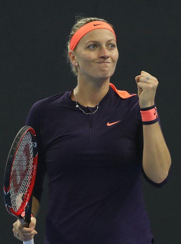 Vítězné gesto Petry Kvitové.