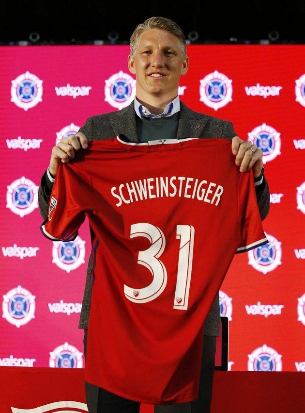 Bastian Schweinsteiger bude v Chicagu oblékat dres s číslem 31.