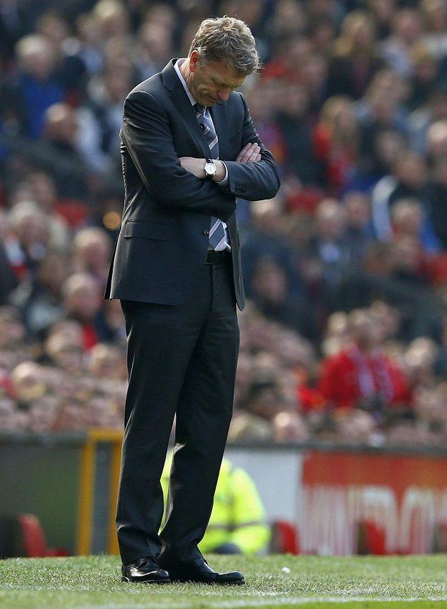 I na tváři kouče Manchesteru Davida Moyese bylo patrné, že v utkání nešlo vše hladce.