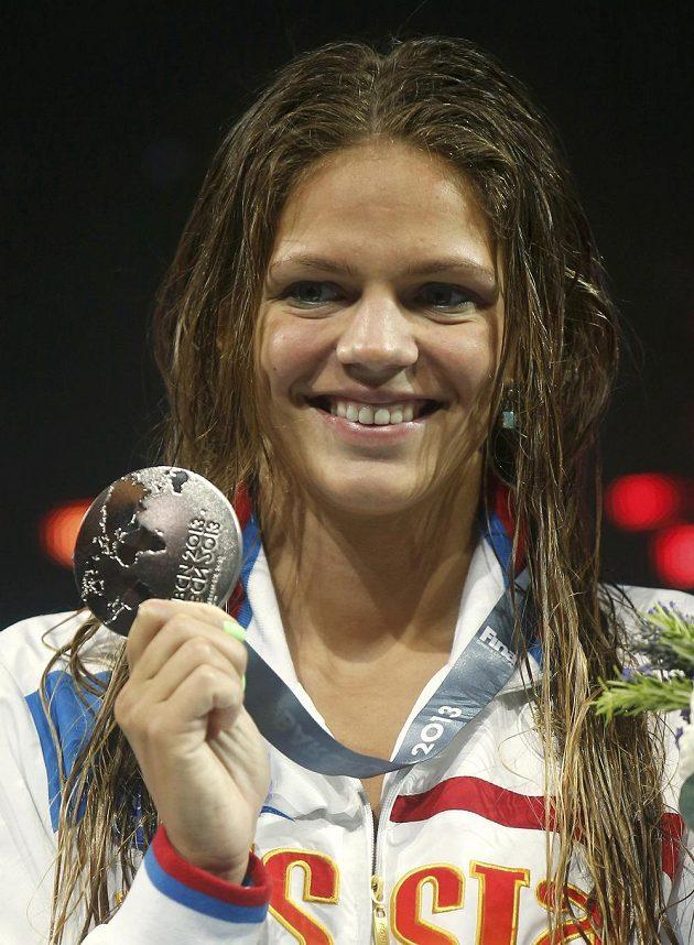 Ruska Julia Jefimovová brala z finále na 100 metrů prsa stříbro.